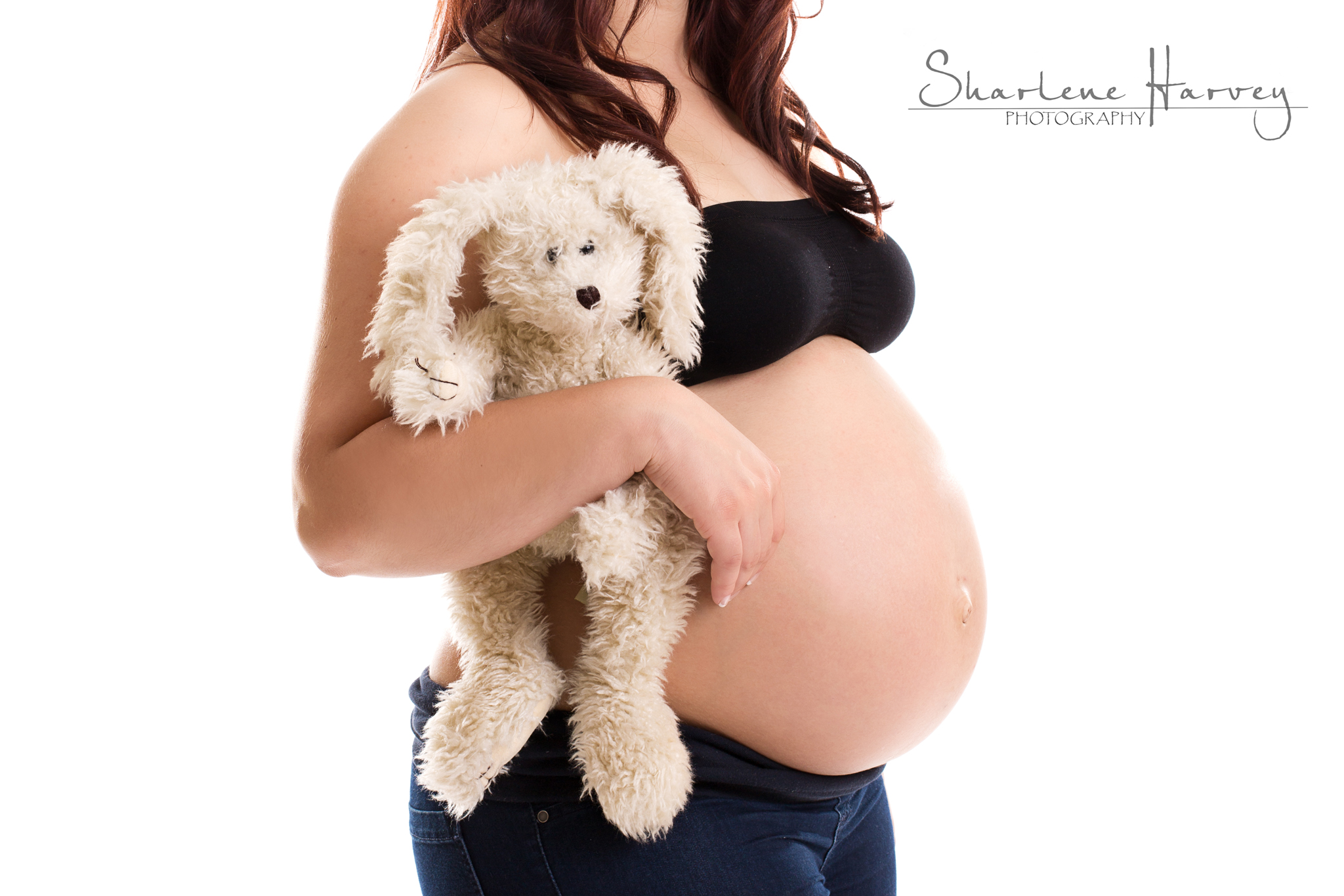 Pregnant Mother holding cute bunny | Mornington Peninsula Maternity Photographer