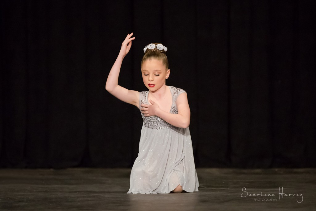 ballet dancer at choreographics competition